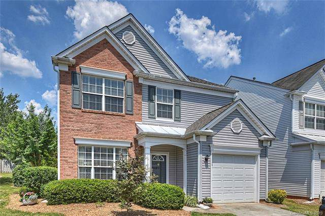 15109 Northsprings Drive, Charlotte, NC 28277 (#3525390) :: The Elite Group