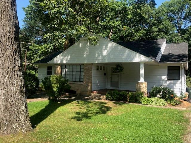 535 10th Street Drive NW, Hickory, NC 28601 (#3525464) :: Mossy Oak Properties Land and Luxury