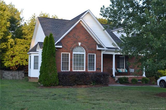 4007 Woodleigh Drive, Rock Hill, SC 29732 (#3525487) :: LePage Johnson Realty Group, LLC