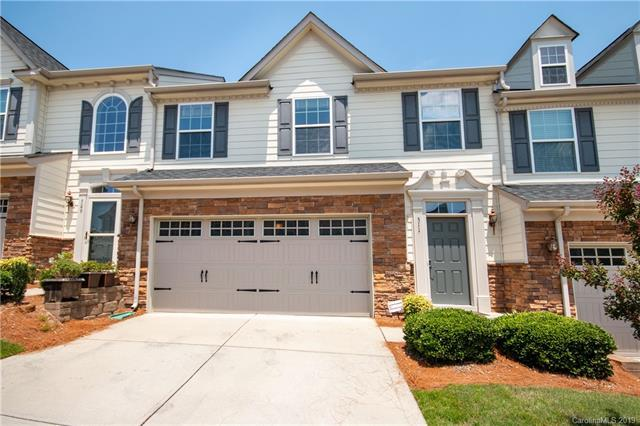511 Sailview Drive, Tega Cay, SC 29708 (#3525613) :: The Andy Bovender Team