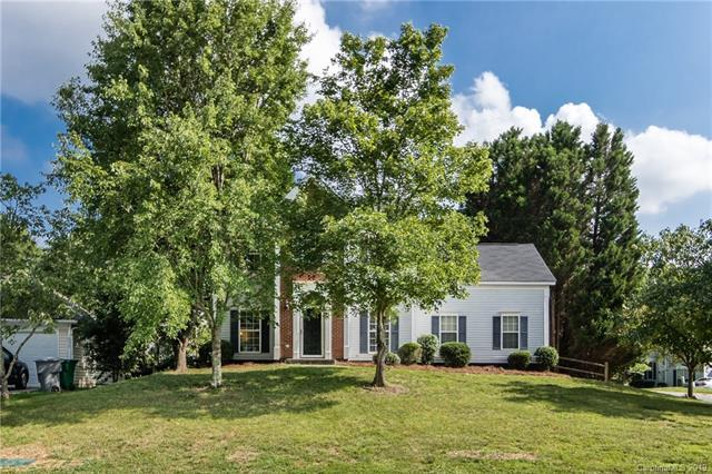 10029 Northwoods Forest Drive, Charlotte, NC 28214 (#3525787) :: Keller Williams South Park