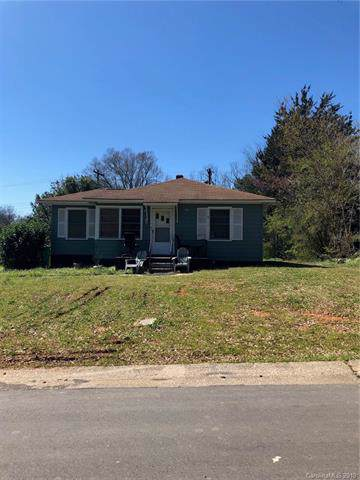 609 Seldon Drive, Charlotte, NC 28216 (#3526235) :: Washburn Real Estate