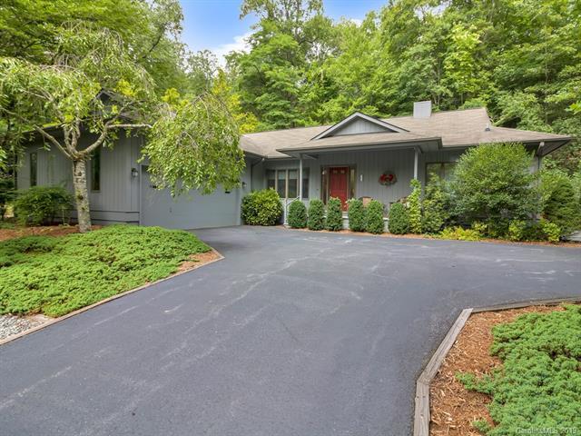 712 Deerlake Road, Brevard, NC 28712 (#3526319) :: Stephen Cooley Real Estate Group