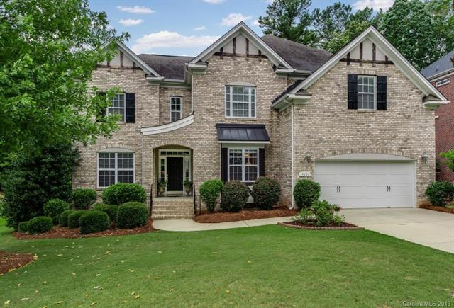14220 Carlton Woods Lane, Charlotte, NC 28278 (#3526331) :: Keller Williams South Park
