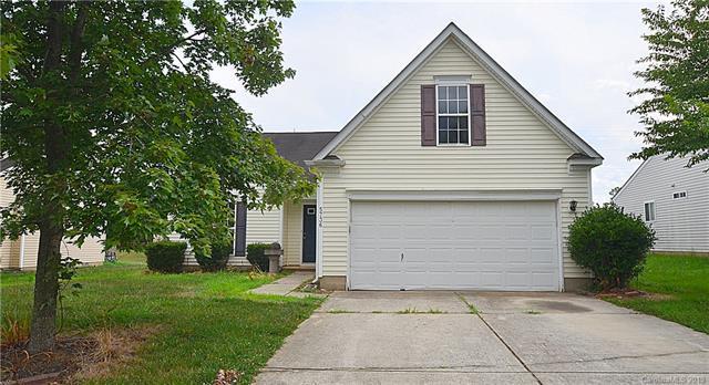 5736 Shining Oak Lane, Charlotte, NC 28269 (#3526391) :: LePage Johnson Realty Group, LLC