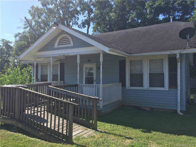 1111 5th Avenue, Gastonia, NC 28052 (#3526437) :: Robert Greene Real Estate, Inc.