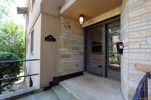 2427 Vail Avenue B-16, Charlotte, NC 28207 (#3526687) :: Homes Charlotte