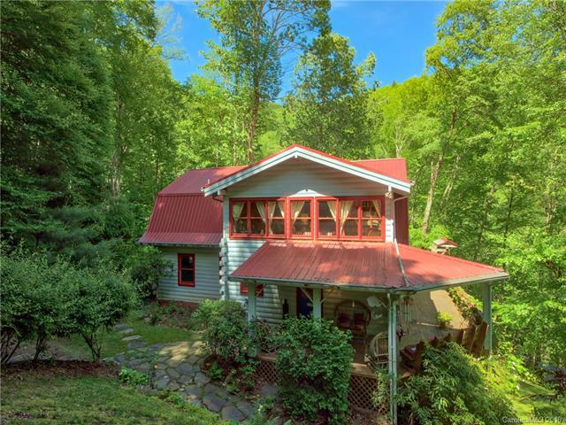 1933 Laurel Ridge Road N, Maggie Valley, NC 28751 (#3526688) :: Carlyle Properties
