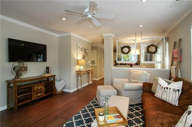 417 Olmsted Park Place B, Charlotte, NC 28203 (#3526702) :: Miller Realty Group