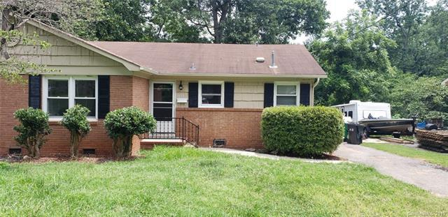 1133 Grovewood Drive, Charlotte, NC 28208 (#3526787) :: Carlyle Properties