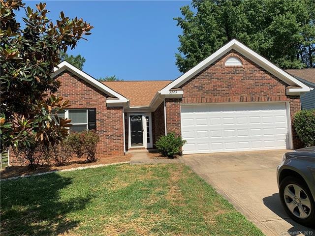 3223 Mintleaf Drive, Charlotte, NC 28269 (#3526825) :: LePage Johnson Realty Group, LLC