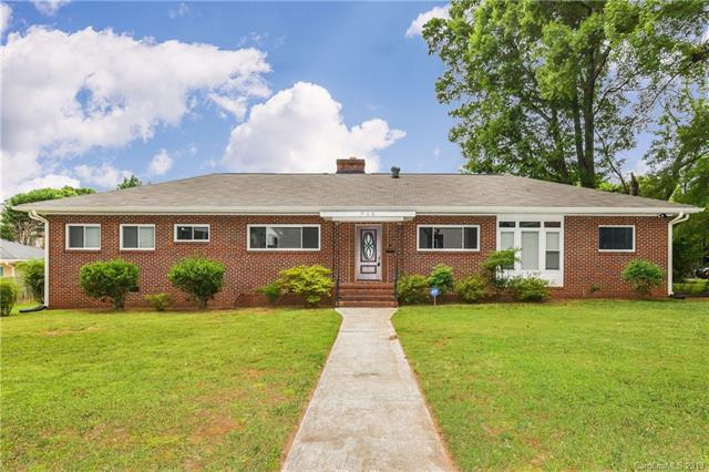 715 Hillside Avenue, Charlotte, NC 28209 (#3526967) :: Roby Realty