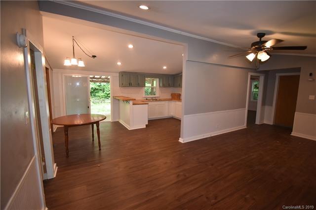 104 Fir Circle, Canton, NC 28716 (#3527162) :: Carlyle Properties