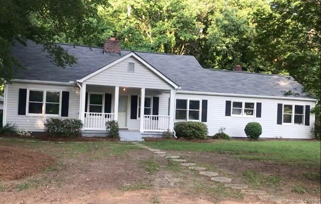 822 Oak Street, Charlotte, NC 28214 (#3527354) :: Cloninger Properties