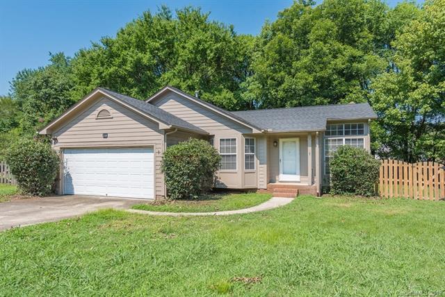 13103 Black Chestnut Place, Charlotte, NC 28278 (#3527360) :: LePage Johnson Realty Group, LLC