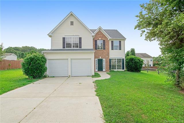 5915 Barefoot Lane, Concord, NC 28025 (#3527597) :: Homes Charlotte