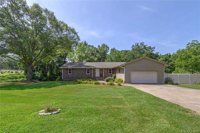 1930 Mount Holly Drive, Rock Hill, SC 29730 (#3527638) :: Cloninger Properties