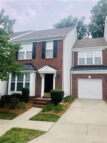 14553 Greenpoint Lane, Huntersville, NC 28078 (#3527664) :: BluAxis Realty
