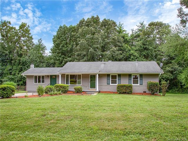 146 Willowbrook Road, Hendersonville, NC 28792 (#3527696) :: Keller Williams Professionals