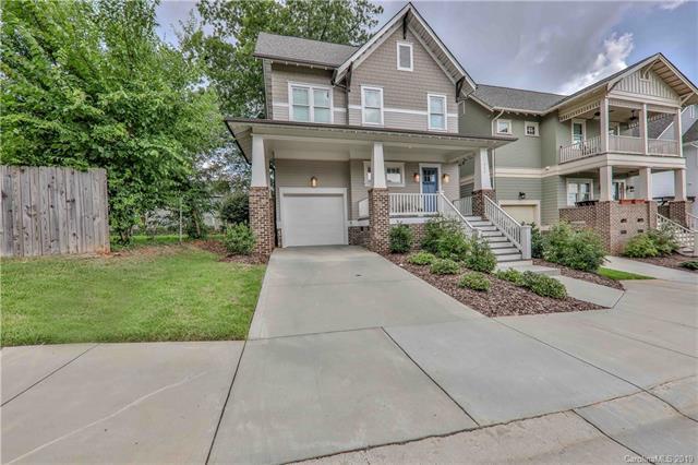 711 Morgan Park Drive, Charlotte, NC 28204 (#3527739) :: Miller Realty Group
