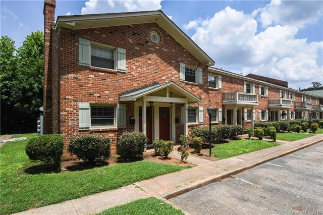 1207 Green Oaks Lane K, Charlotte, NC 28205 (#3527812) :: Homes Charlotte