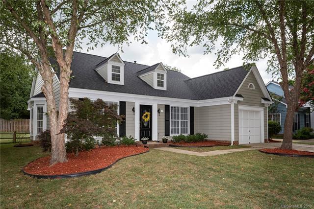 8517 Albury Walk Lane, Charlotte, NC 28277 (#3527893) :: Stephen Cooley Real Estate Group