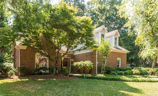 8800 Taunton Drive, Huntersville, NC 28078 (#3527994) :: LePage Johnson Realty Group, LLC