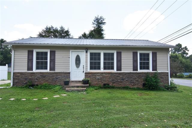 601 Saunders Avenue, Newton, NC 28658 (#3528058) :: LePage Johnson Realty Group, LLC