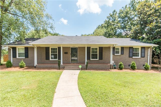 5201 Londonderry Road, Charlotte, NC 28210 (#3528076) :: MartinGroup Properties