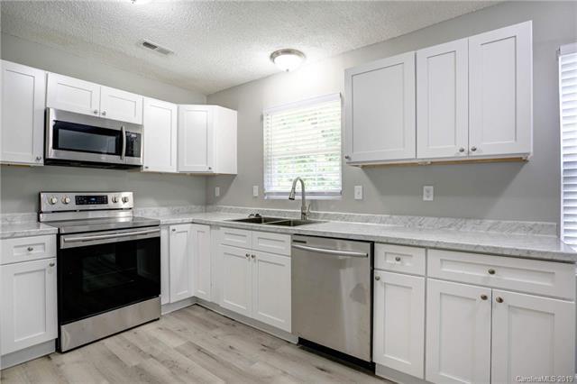 9839 Idlewild Road #9839, Matthews, NC 28105 (#3528188) :: Carolina Real Estate Experts