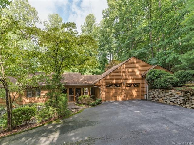 39 Foxglove Road, Hendersonville, NC 28739 (#3528200) :: Stephen Cooley Real Estate Group