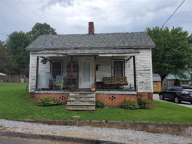 38 6th C Street, Marion, NC 28752 (#3528359) :: BluAxis Realty