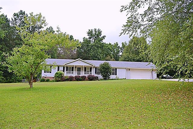 434 Rutledge Drive, Catawba, SC 29704 (#3528362) :: MartinGroup Properties