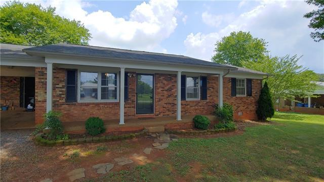 3876 Clay Street, Claremont, NC 28610 (#3528591) :: The Elite Group