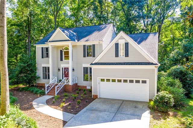 8703 Twin Trail Drive, Huntersville, NC 28078 (#3528737) :: High Performance Real Estate Advisors
