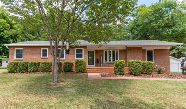 404 Dallas Street, Huntersville, NC 28078 (#3528787) :: Rinehart Realty