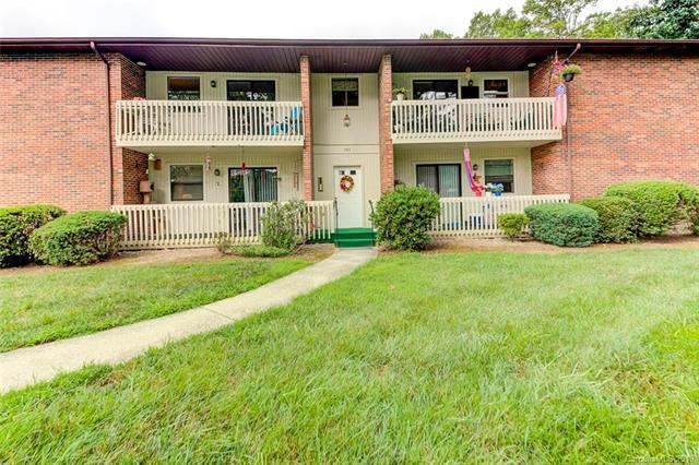 103 Oakwood Place #3, Hendersonville, NC 28792 (#3528810) :: Rowena Patton's All-Star Powerhouse