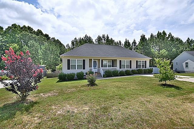 620 Red Hawk Way, Clover, SC 29710 (#3528899) :: Homes Charlotte