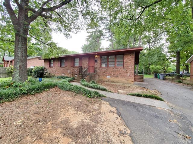 4811 Hidden Valley Road, Charlotte, NC 28213 (#3528994) :: LePage Johnson Realty Group, LLC