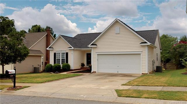 5339 Courtfield Drive, Indian Trail, NC 28079 (#3529066) :: The Elite Group