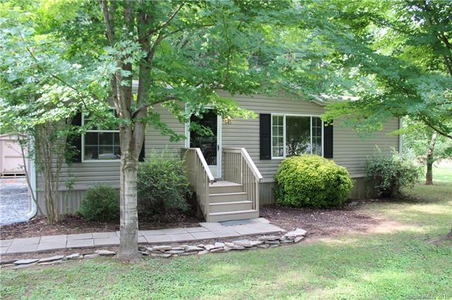 2046 Us Highway 176 Highway, Tryon, NC 28782 (#3529112) :: Francis Real Estate