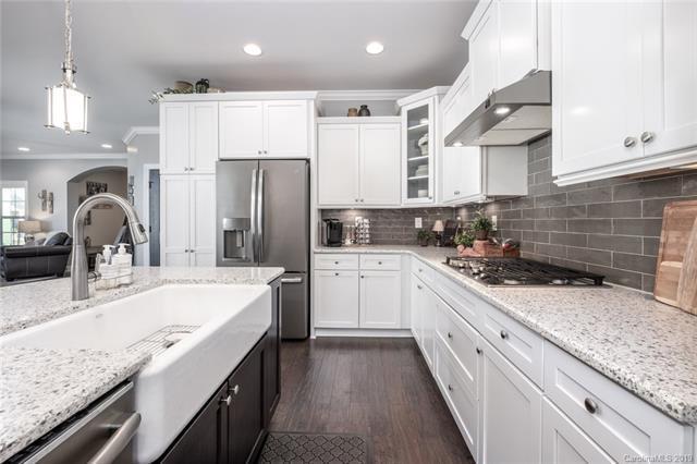 8028 Parknoll Drive, Huntersville, NC 28078 (#3529114) :: Robert Greene Real Estate, Inc.