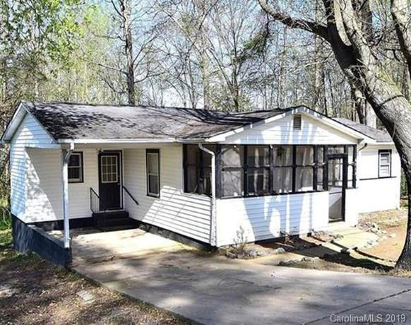6513 Rockwell Boulevard, Charlotte, NC 28269 (#3529116) :: LePage Johnson Realty Group, LLC