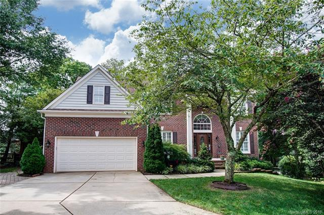 5702 Durston Court, Charlotte, NC 28269 (#3529227) :: Rowena Patton's All-Star Powerhouse