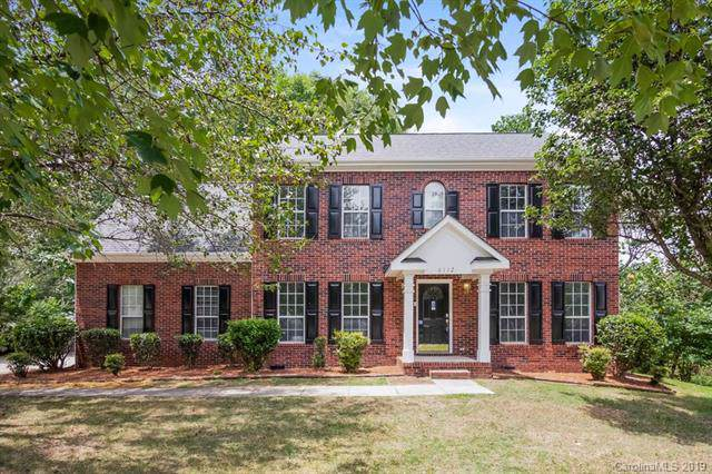 6112 Tesh Court, Charlotte, NC 28269 (#3529324) :: Rowena Patton's All-Star Powerhouse