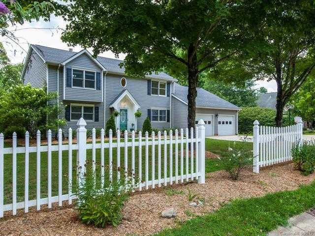 9 Springfield Way, Arden, NC 28704 (#3529373) :: Rowena Patton's All-Star Powerhouse