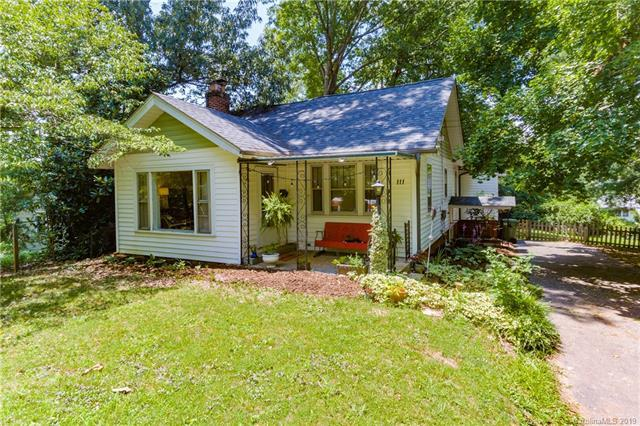 111 Middlemont Avenue, Asheville, NC 28806 (#3529440) :: Besecker Homes Team