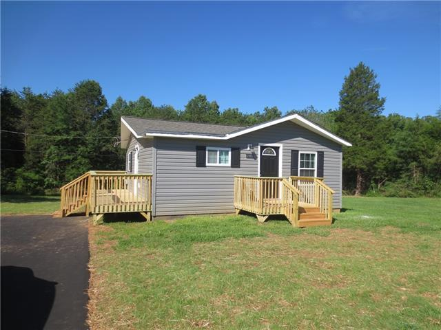1993 Hw Farm Road, Maiden, NC 28650 (#3529610) :: LePage Johnson Realty Group, LLC