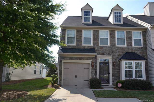 5741 Mossdale Lane, Charlotte, NC 28278 (#3529613) :: Stephen Cooley Real Estate Group