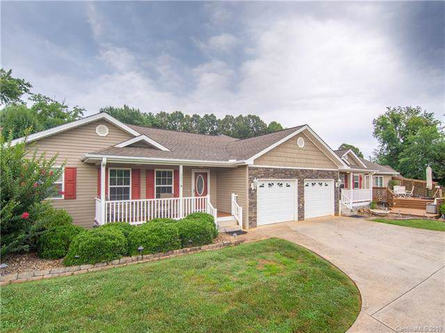 3283 New Leicester Highway, Leicester, NC 28748 (#3529636) :: Johnson Property Group - Keller Williams